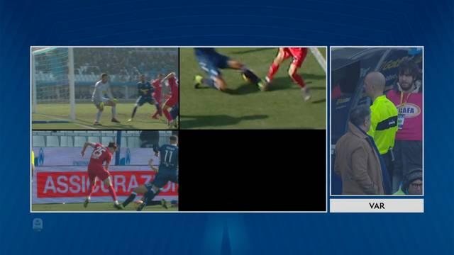 Ludilo! Umjesto gola za SPAL, VAR kaže: Penal za Fiorentinu