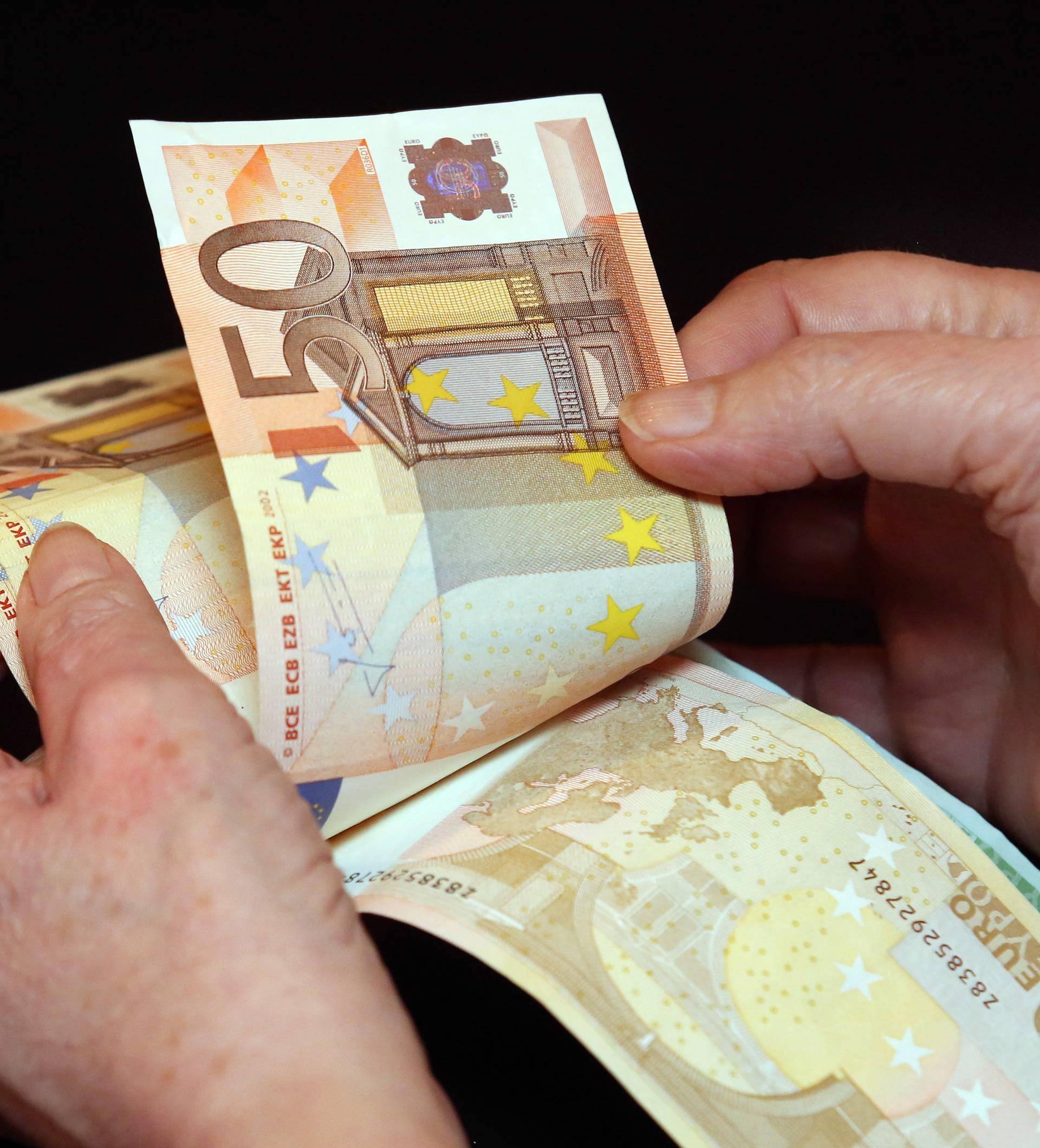 Kamiondžija sa 100 eura htio podmititi graničnog policajca