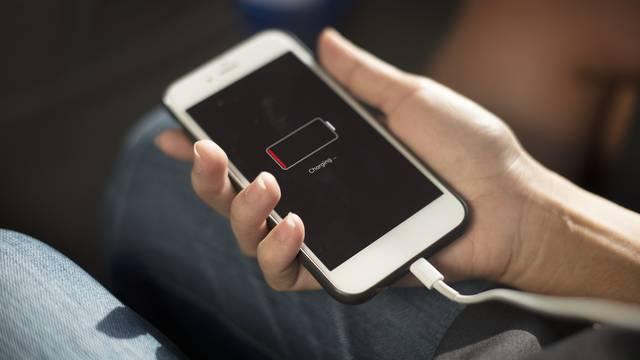 Mobitel vam je uvijek prazan?Ove tri greške troše bateriju
