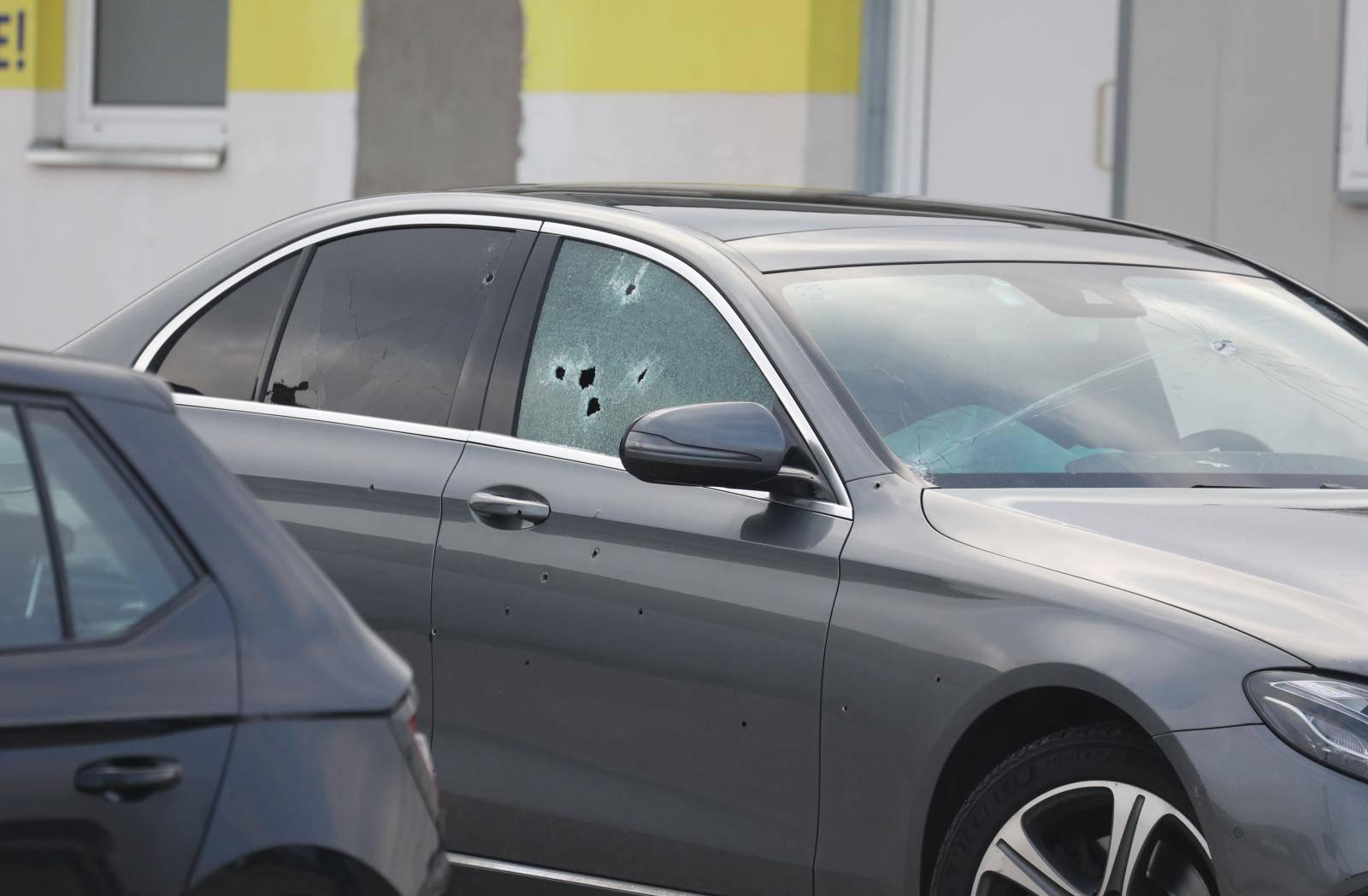 Ovo je Mercedes u kojem je izrešetan šibenski poduzetnik