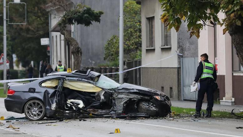 Mladić BMW-om izletio s ceste u Koprivnici i zabio se u stablo. U nesreći ozlijeđena djevojka (20)