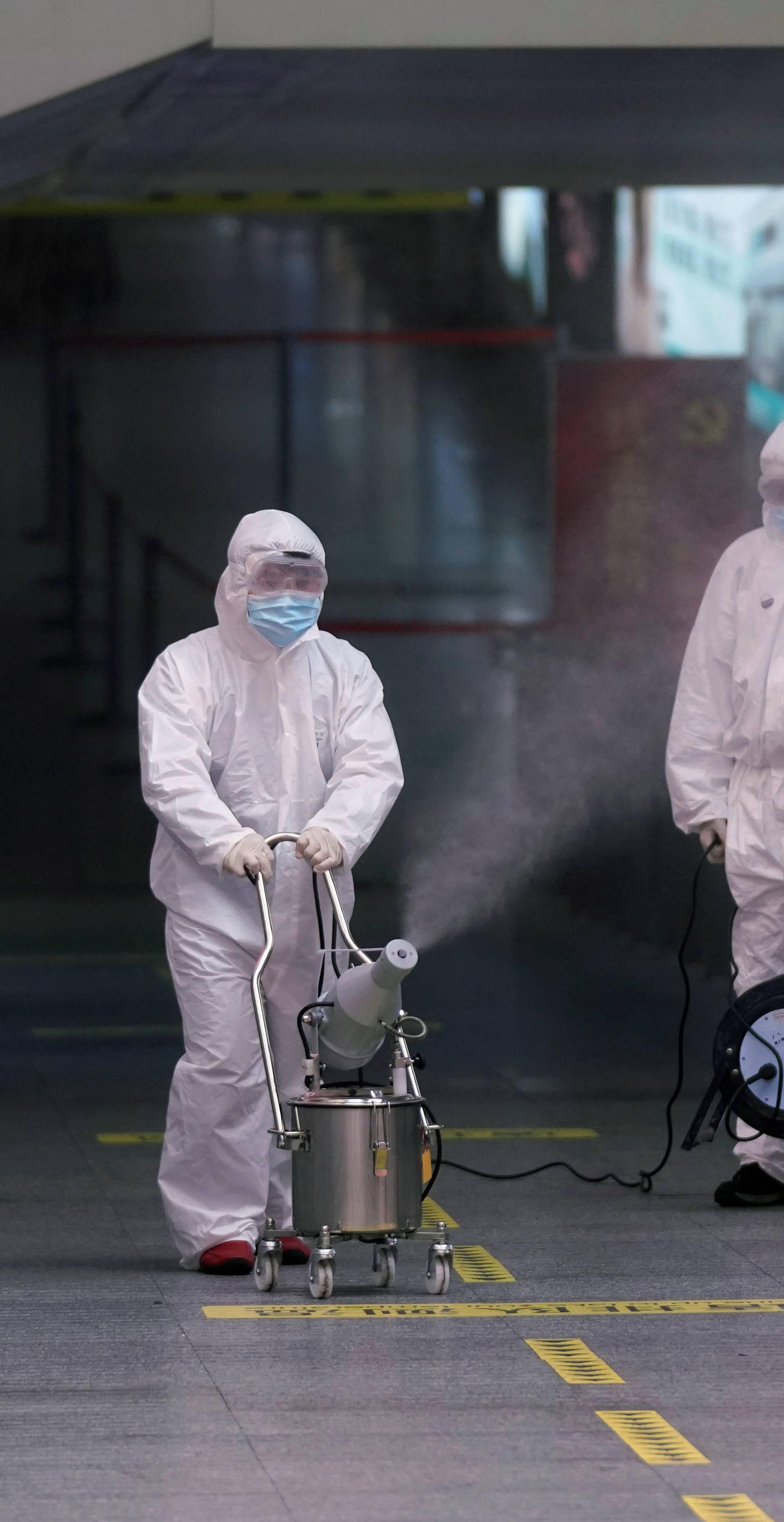 WHO: Opasnost 'vrlo visoka', u Italiji 888 zaraženih, 21 umro