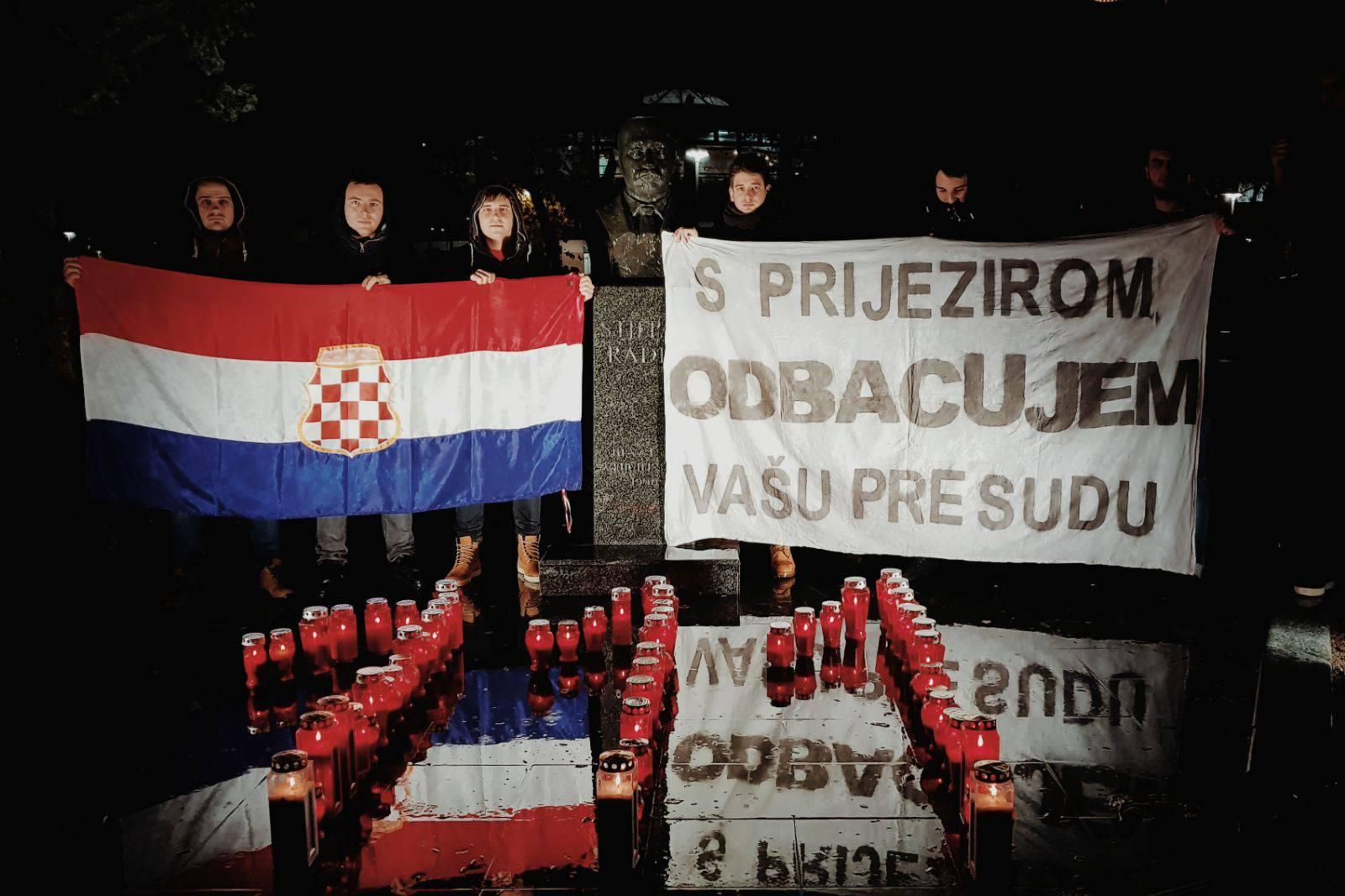 Hercegovački studenti pomolili se u Zagrebu za Praljka i druge