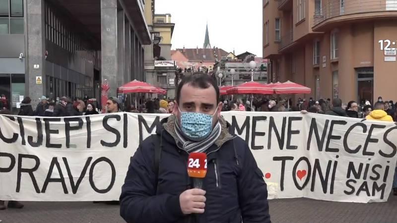 Prosvjednici usred Zagreba: 'Cijepi si mamu, mene nećeš'