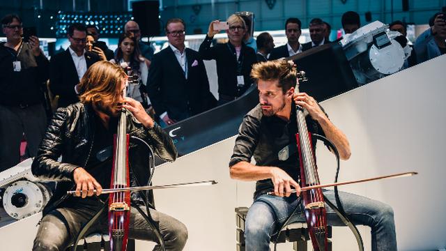 Da li ste spremni za premijeru električnog hiper-automobila Mate Rimca i odličnu glazbenu pozadinu 2CELLOSA?
