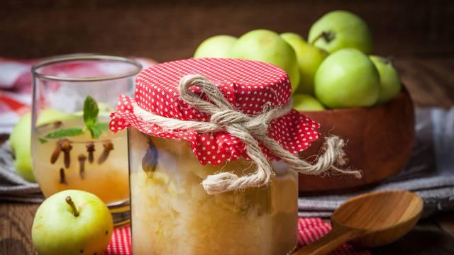 25 recepata za zdrave domaće kompote s medom - prefini su
