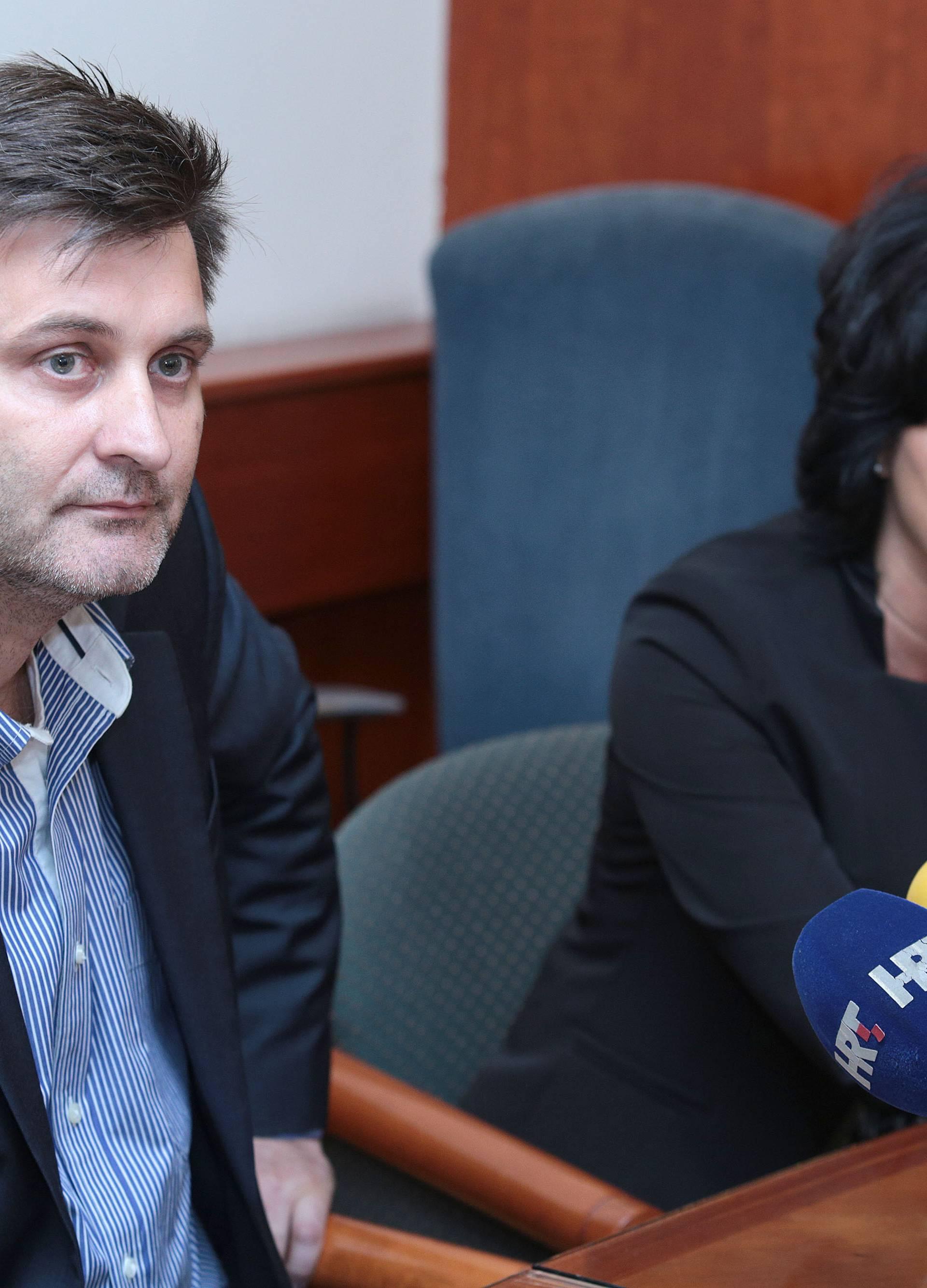 Novinari Hine: Bojimo se da će nas Vlada staviti pod kontrolu