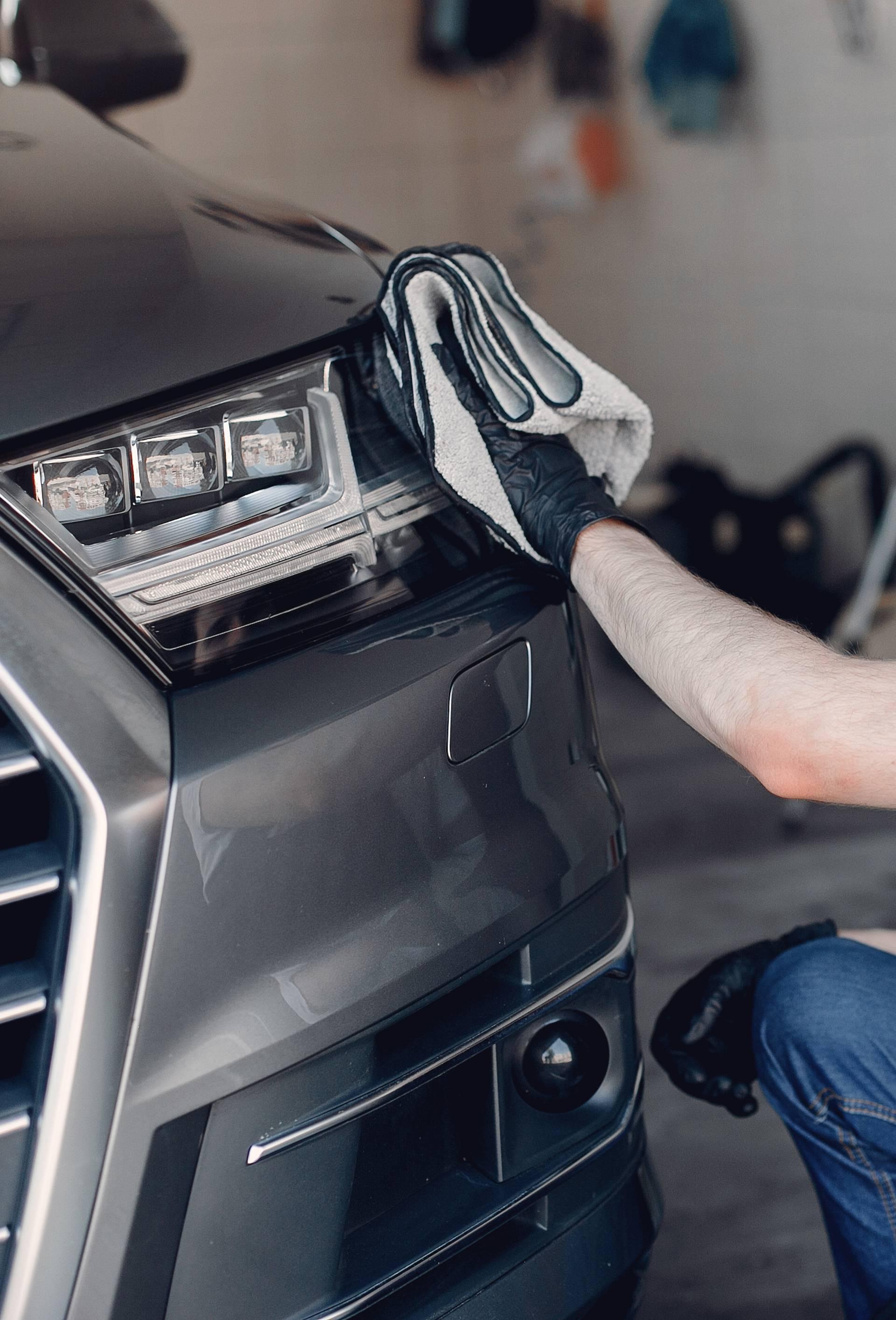 Supertrikovi s pastom za zube: Čisti auto, svjetla i razne mrlje