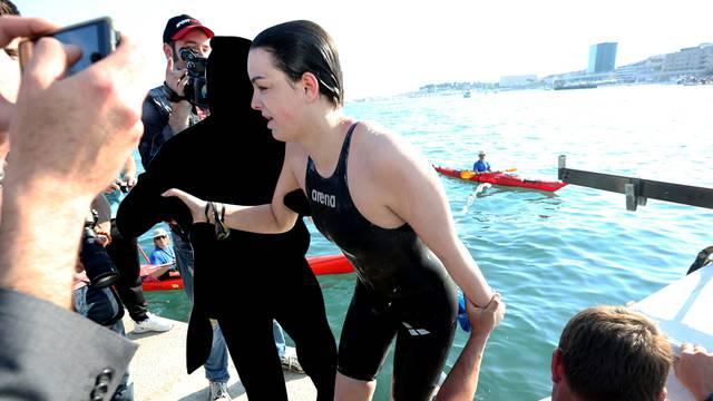 Dina: Prvo je kraj mene prošao mali morski pas, a onda grupa