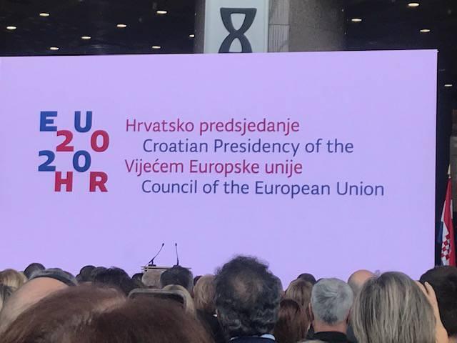 Plenković predstavio prioritete predsjedanja: Pokazali su i logo
