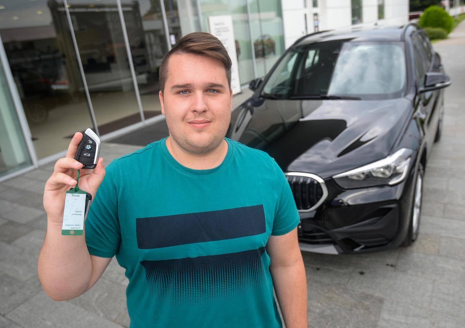 Denis (18) je osvojio BMW X1: I dalje šaljemo nagradne kupone