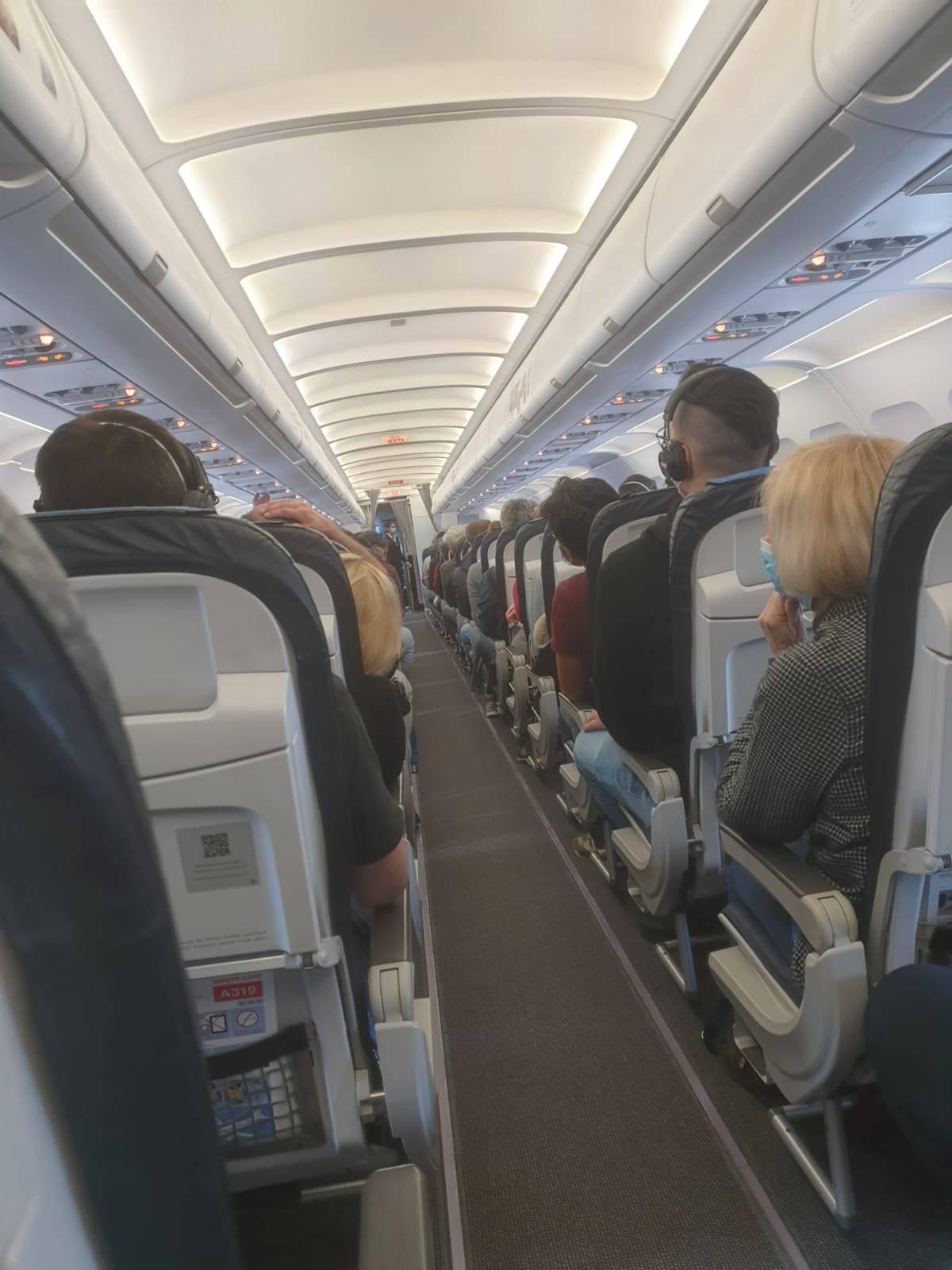 Putnik 'korona-aviona': 'Bila je gužva, sjeo sam u zadnji red...'
