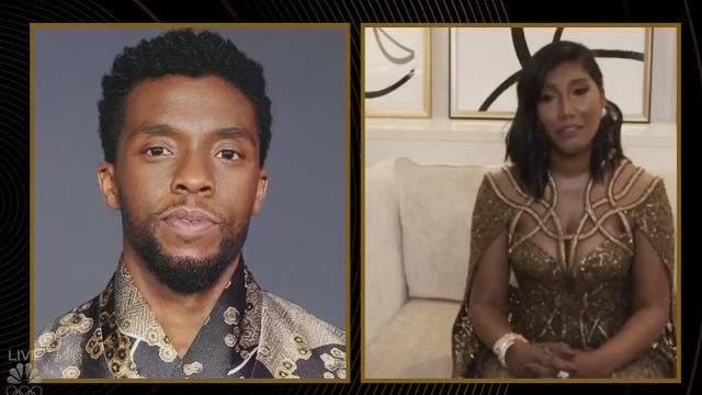 Boseman posthumno osvojio nagradu, a supruga je primila u suzama: 'Bio si nam inspiracija'