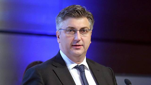 Plenković je najavio paket zakona iz mirovinske reforme