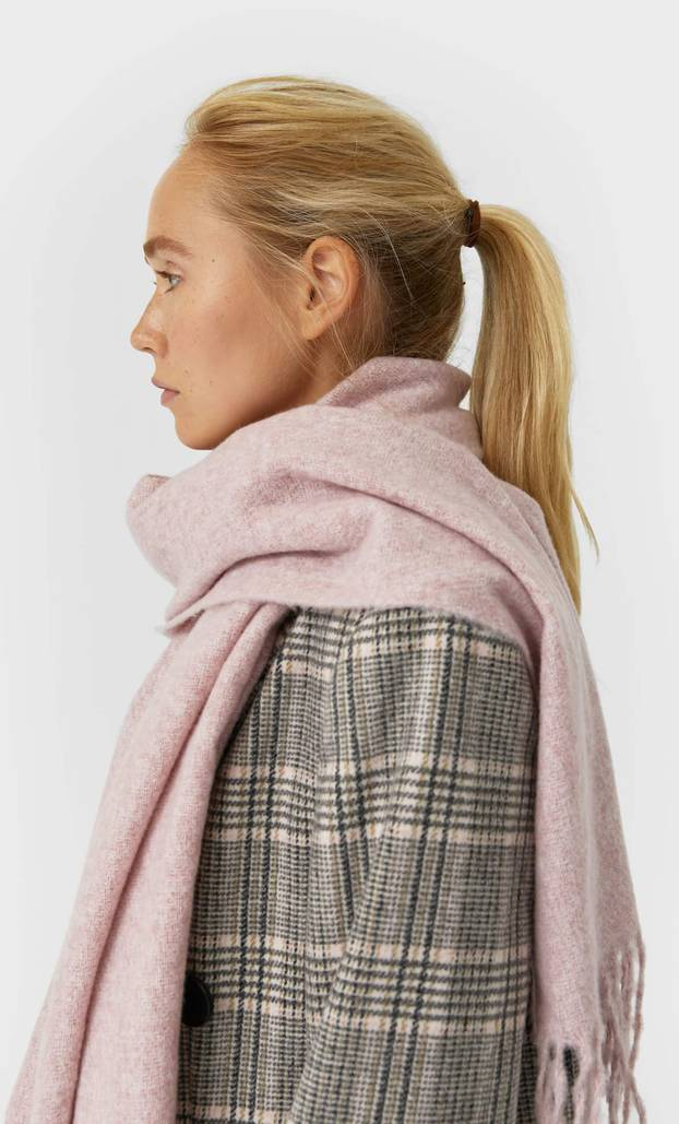 Mekane tkanine: Top 10 šalova u nježnim, pastelnim tonovima