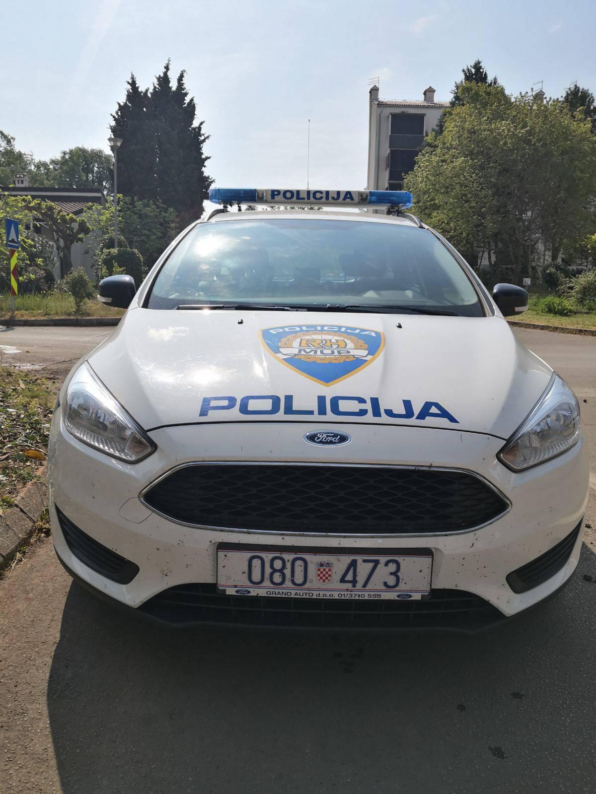 Biciklom naletio na pješakinju u Puli i pobjegao: Uhitili su ga