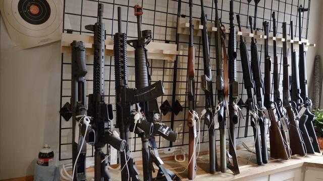 Gun Store In America - Virginia