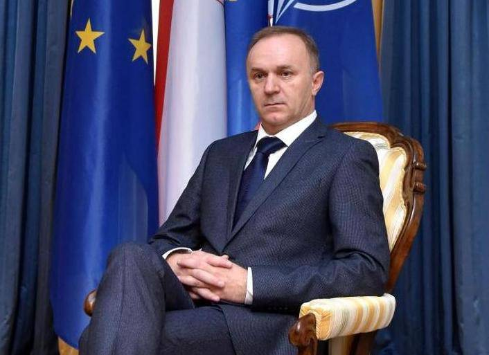 Savjetnik predsjednice Vlado Galić iznenada podnio ostavku