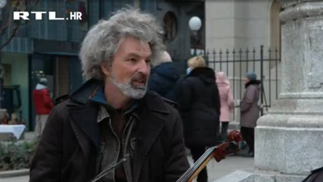 Nastupao je u Lisinskom, a sada mora svirati na ulici da zaradi