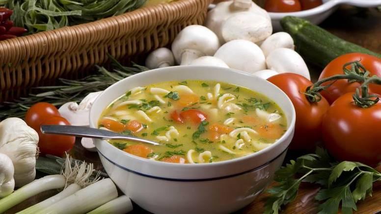 Male tajne nutricionista: Juha i salata sprečavaju prejedanje