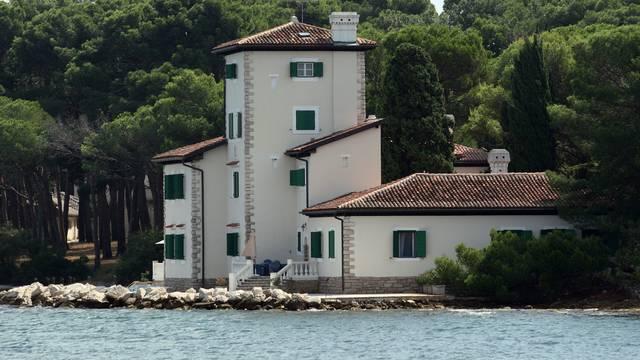 Jovankina vila na Galiji i vila Kaštel država daje u koncesiju