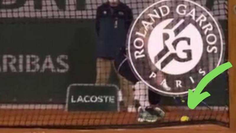 Nevjerojatan previd na Roland Garrosu: Snimka pokazala da je osvojila set, a sudac: 'E, nisi'