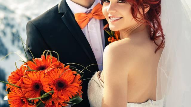 Mladenka je morala spavati sa svim muškarcima na vjenčanju
