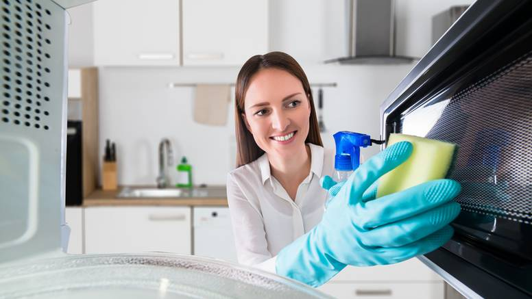 Para i limun očistit će vašu mikrovalnu u samo 15 minuta