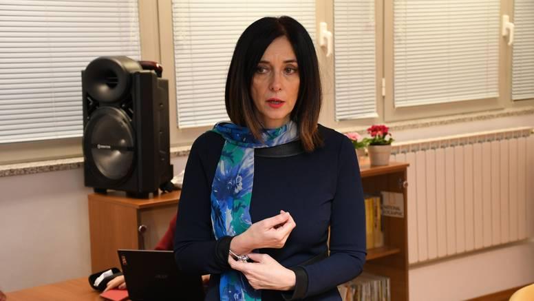 Ministrica Divjak  predstavlja kurikularnu reformu u Londonu