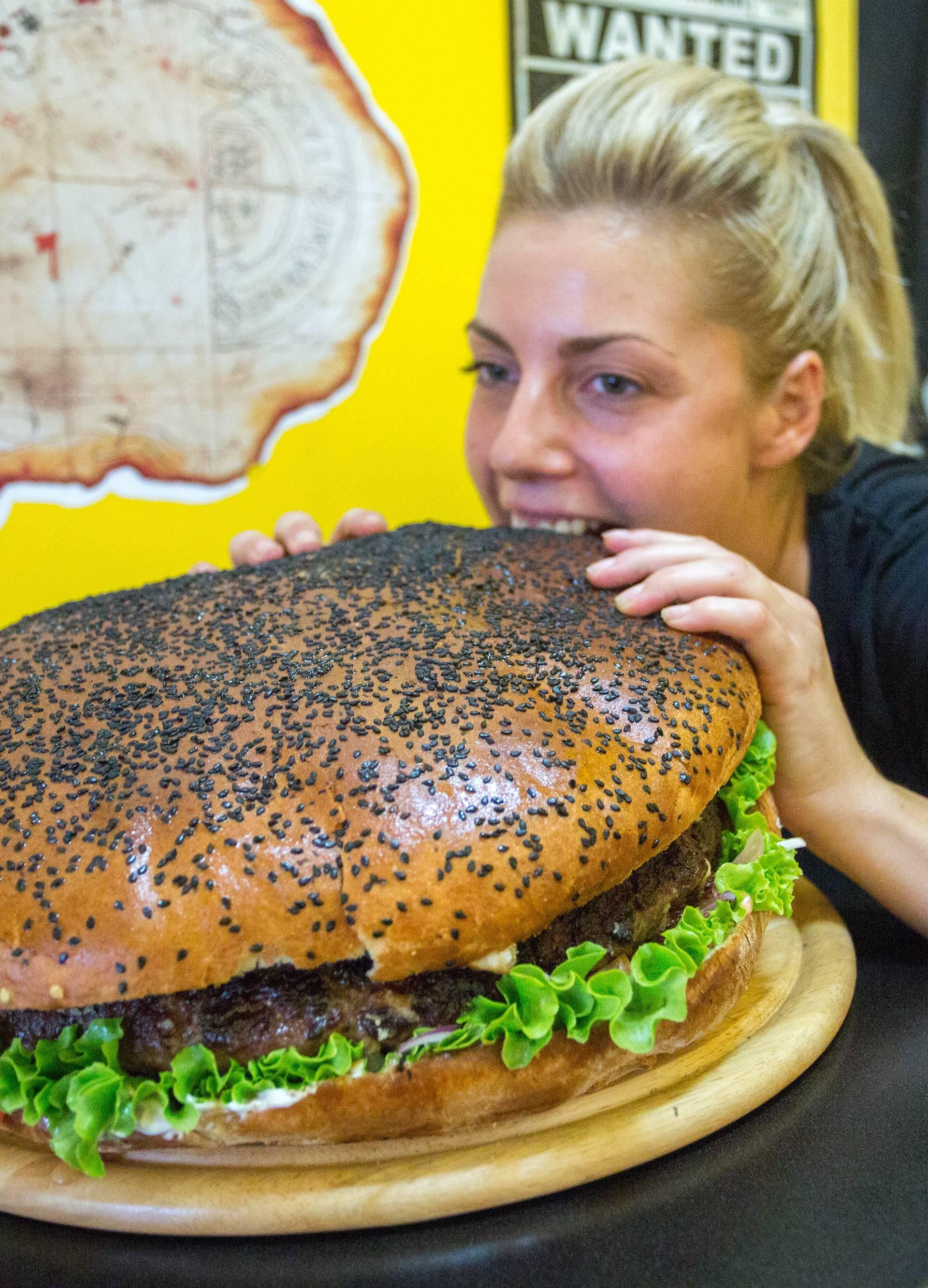 Hrvatski kapitalci burgeri: King Kong od 3 kg nahrani 8 ljudi