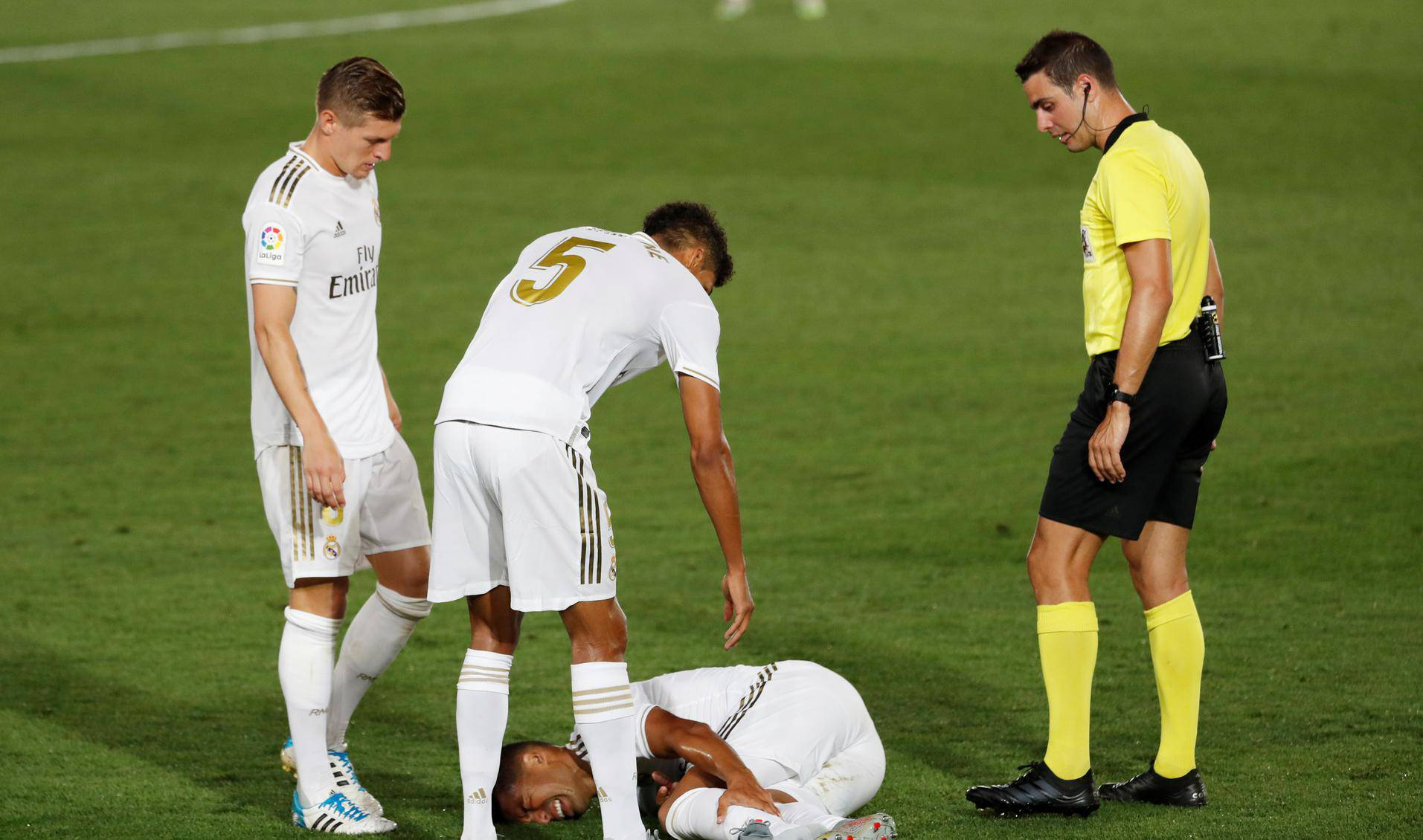 La Liga Santander - Real Madrid v Alaves