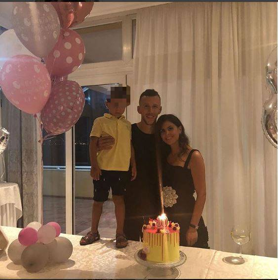 Ivan Perišić i njegova obitelj slave: 'Pa neka počnu 30-te'