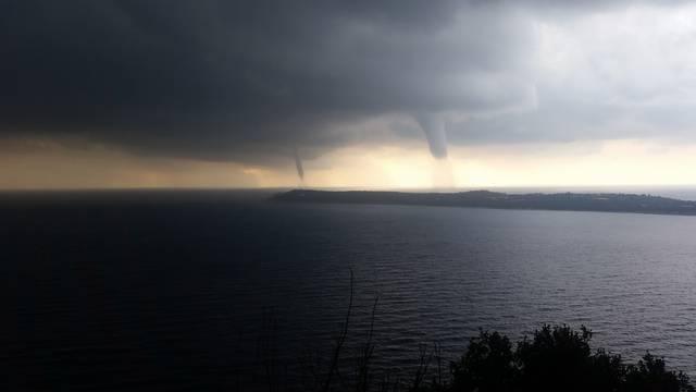 Crna Gora: Morske pijavice u blizini Prevlake, štete nema