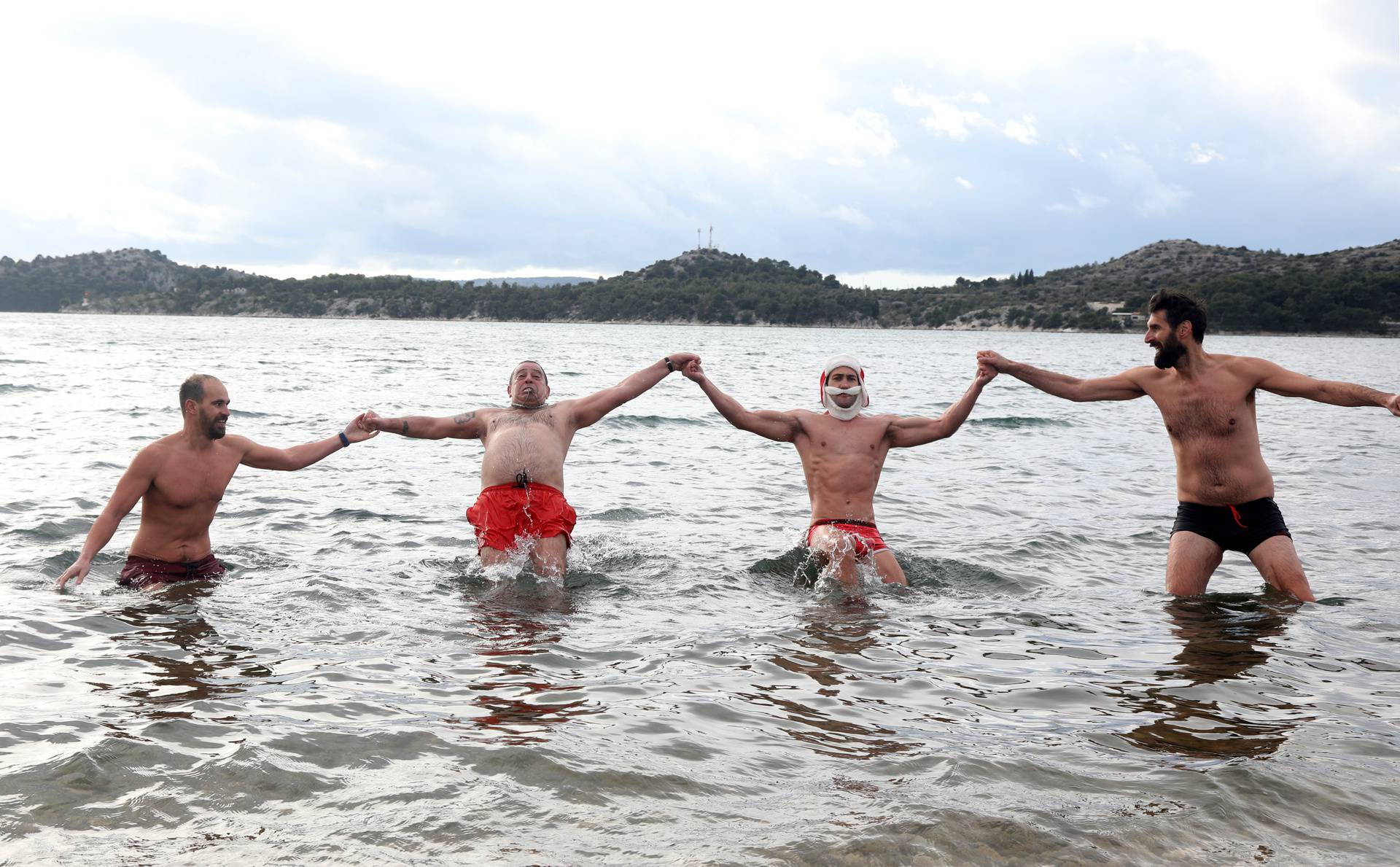 Novogodišnje kupanje u Šibeniku