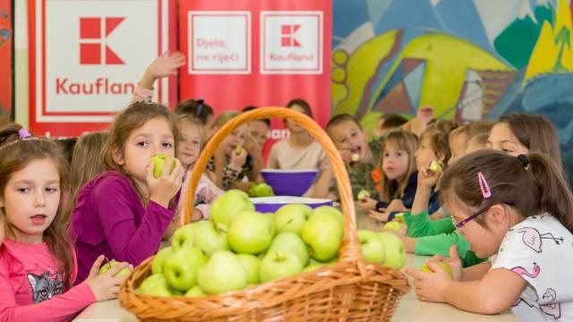 Kaufland ponovno donira  130 tona voća i povrća školarcima