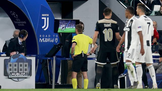 Juventus v Ajax - UEFA Champions League - Quarter Final - Second Leg - Allianz Stadium