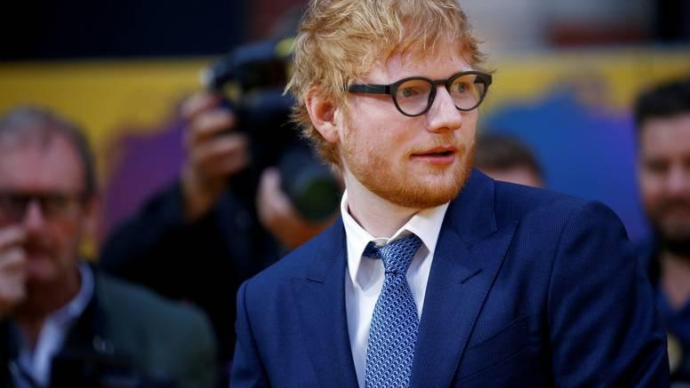 Ed Sheeran postaje sponzor poznatog engleskog trećeligaša