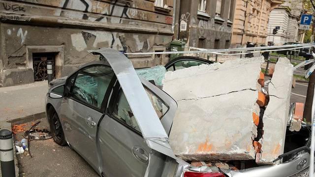Zagrebparking će premještati vozila oštećena u potresu