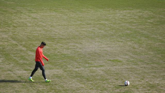General view of Manchester United's Marcos Rojo on the pitch during training
