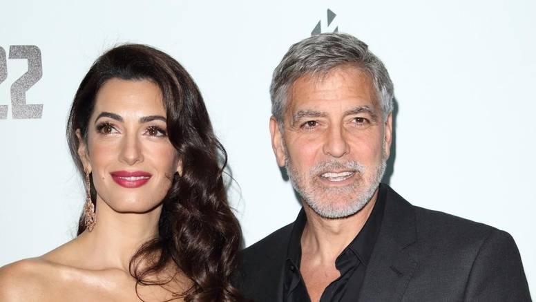 Iako se šuškalo da je Amal u drugom stanju, poznati par je odlučio opovrgnuti  sve tračeve