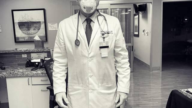 Liječnik hitne službe