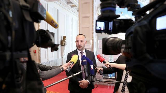 Zagreb: Hrvoje Zekanović o propustu Vlade koji se odnosi na novi zakon o pobačaju