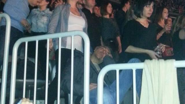 Dino Merlin je pjevao, a on je na koncertu uspio 'ubiti oko'