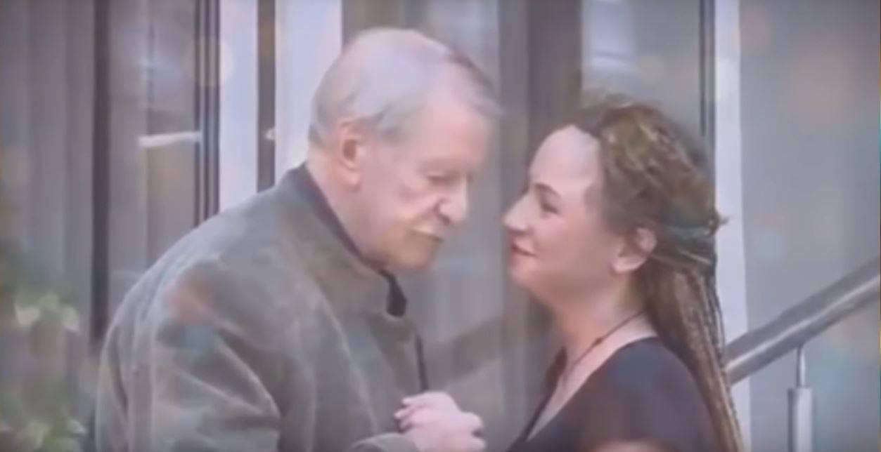 Na glumca (87) se bacaju 20-godišnjakinje: On je tako seksi