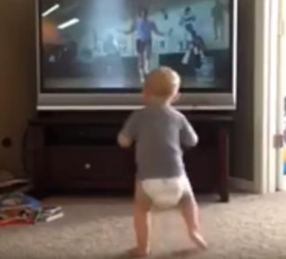 Mini Rocky postao viralni hit: Odradio je trening bez greške