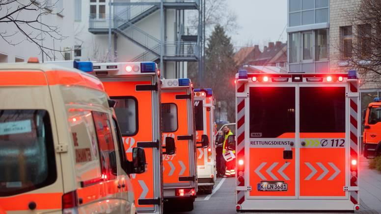 Kraj bolnice u Kölnu pronašli bombu, evakuirali tisuće ljudi