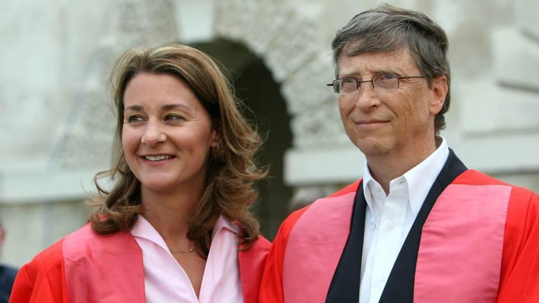 Nakon 27 godina braka Bill i Melinda su službeno razvedeni
