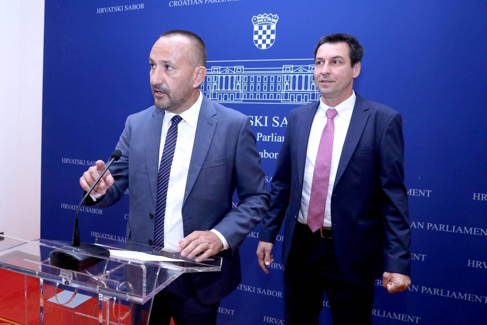 Zagreb: Konferencija za medije Hrvoja Zekanovića i Ladislava Ilčića