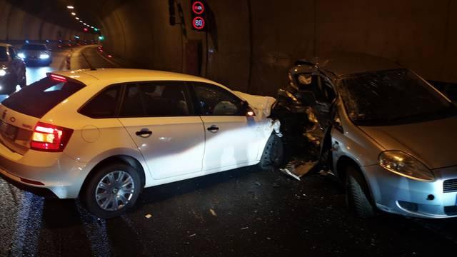 VIDEO Detalji strave u tunelu Mala Kapela: Stariji vozač (75) prešao u krivi smjer i poginuo