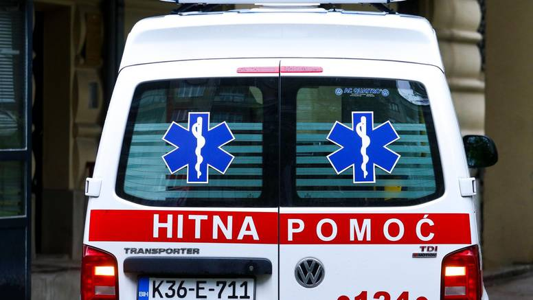 Djevojčica (4) u BiH umrla  od vrućine zatvorena u automobilu